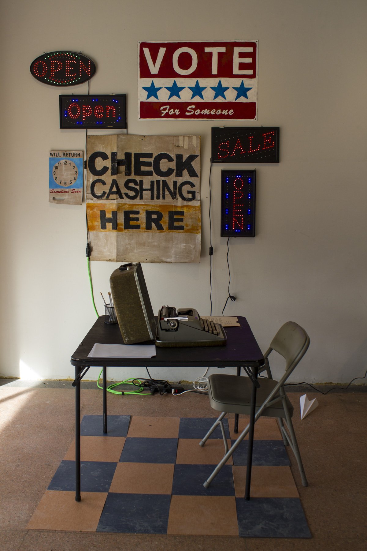Typing Station